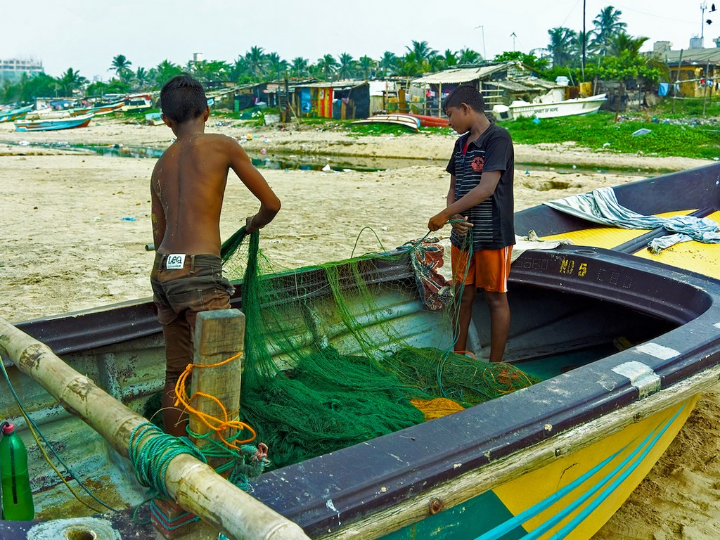 boysfishingnets